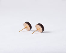 Load image into Gallery viewer, Wooden Gold White Round Studs