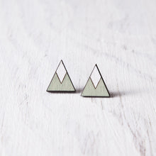 Load image into Gallery viewer, Wooden Mint White Mountain Stud Earrings