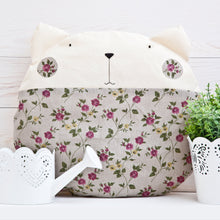 Load image into Gallery viewer, Cat Decorative Pillow, Floral Nursery Decor, Linen Round Cushion