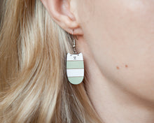 Load image into Gallery viewer, Dangle Cat Earrings Mint White