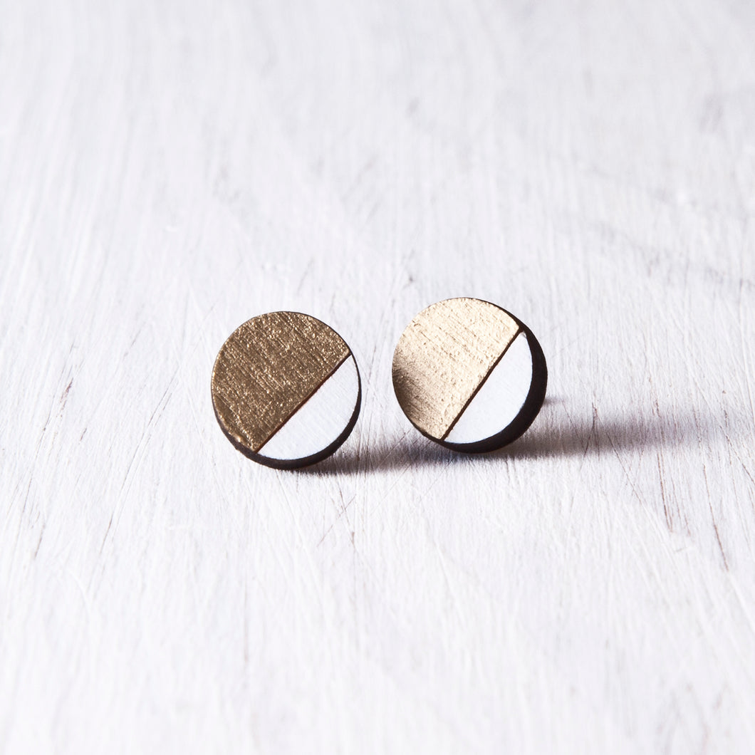 Wooden Gold White Round Studs