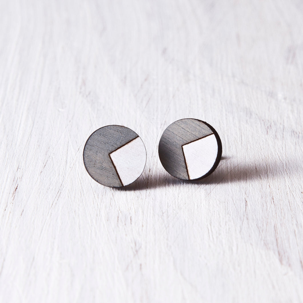 Circle Stud Earrings Gray White