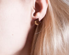 Load image into Gallery viewer, Wooden Brown Gold Arrow Earrings