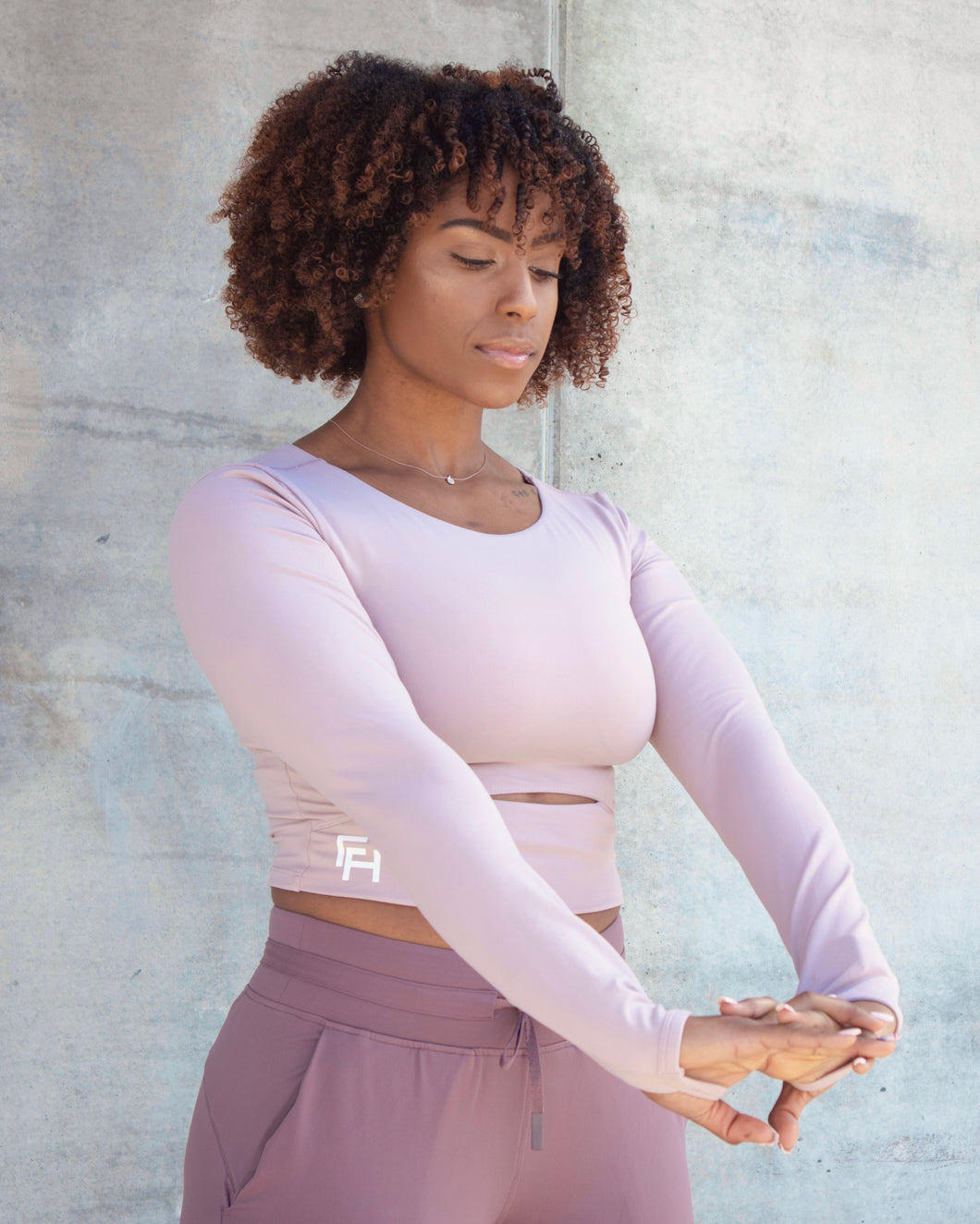 FLEX CROPPED LONG SLEEVE- Wisteria
