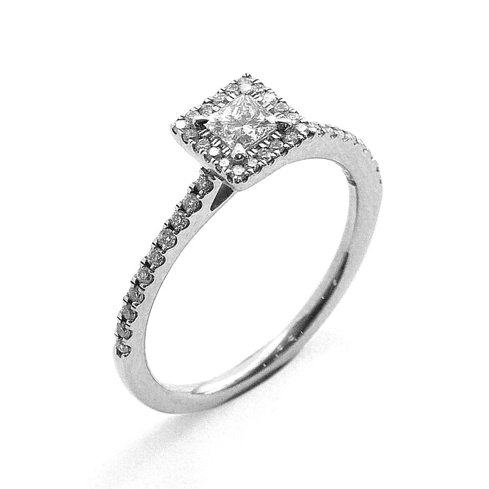 Engagement Ring Set with Diamonds in Platinum