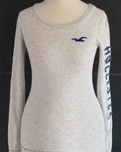Load image into Gallery viewer, Hollister Long Sleeved Tshirt