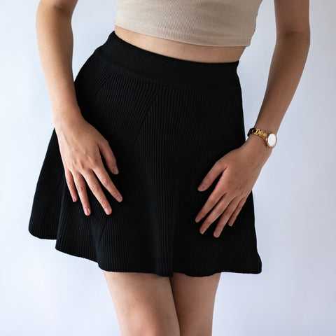 GLOBAL MOOD Cozy Black Skirt