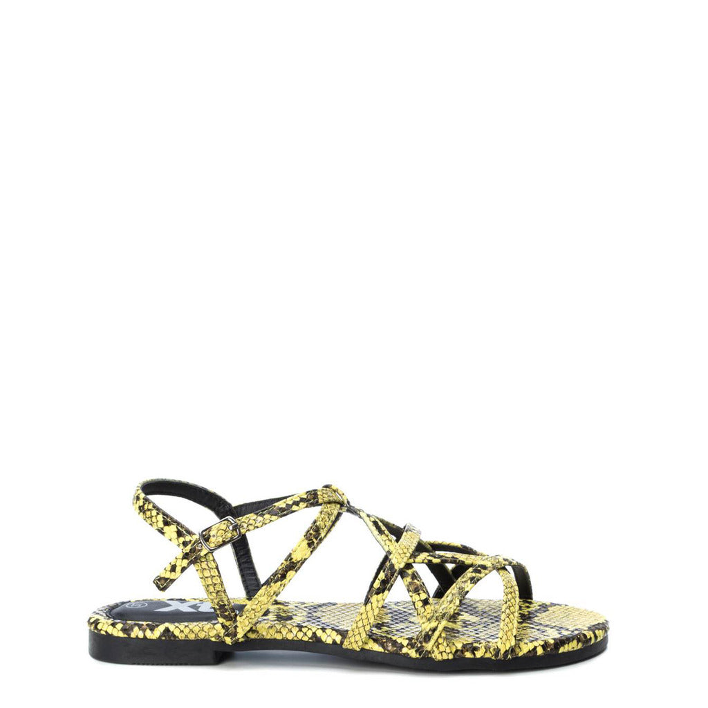Xti - criss/cross sandal
