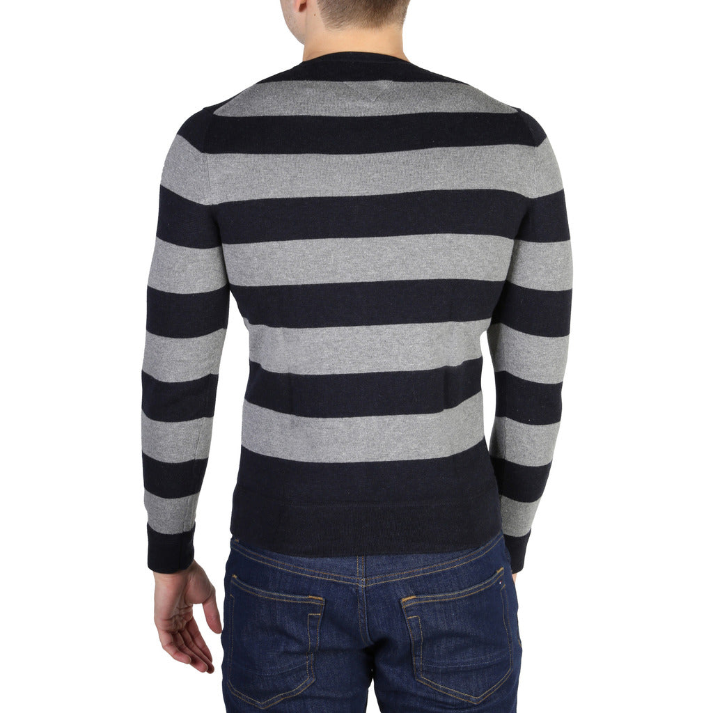 Tommy Hilfiger - MEN'S BLUE STRIPED SWEATER
