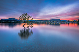 Lake Wanaka Dawn Colour