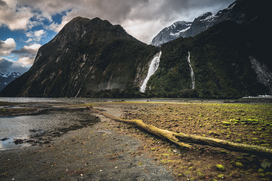 Waterfall Mood Milford Sound
