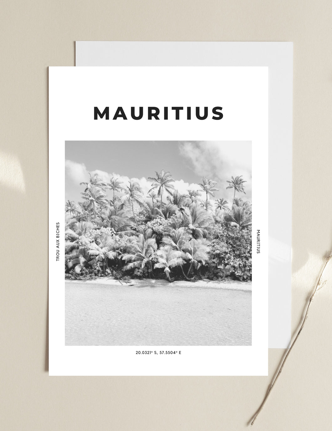 Mauritius 'Tropic Like It's Hot' Print