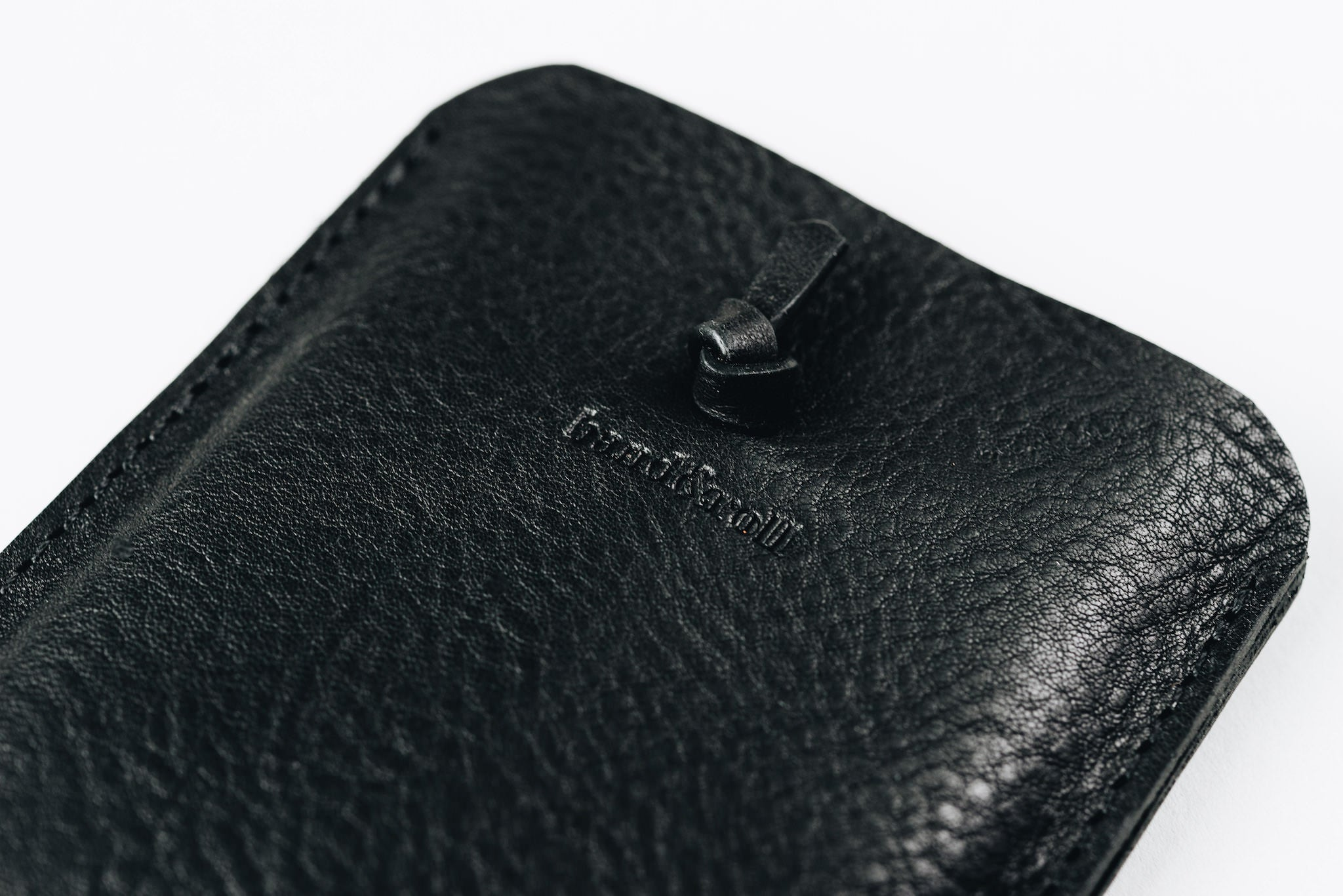 "Leather phone case ""Companion"" - band&roll"