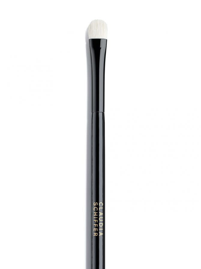 eyeshadow brush van CLAUDIA SCHIFFER