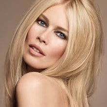 Afbeelding in Gallery-weergave laden, CLAUDIA SCHIFFER CREAM LIPSTICK 180
