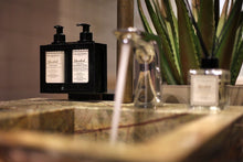 Afbeelding in Gallery-weergave laden, ISTANBUL HAND & BODYLOTION