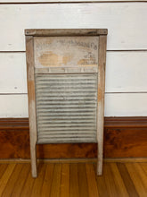 Load image into Gallery viewer, 1970s large vintage Washboard