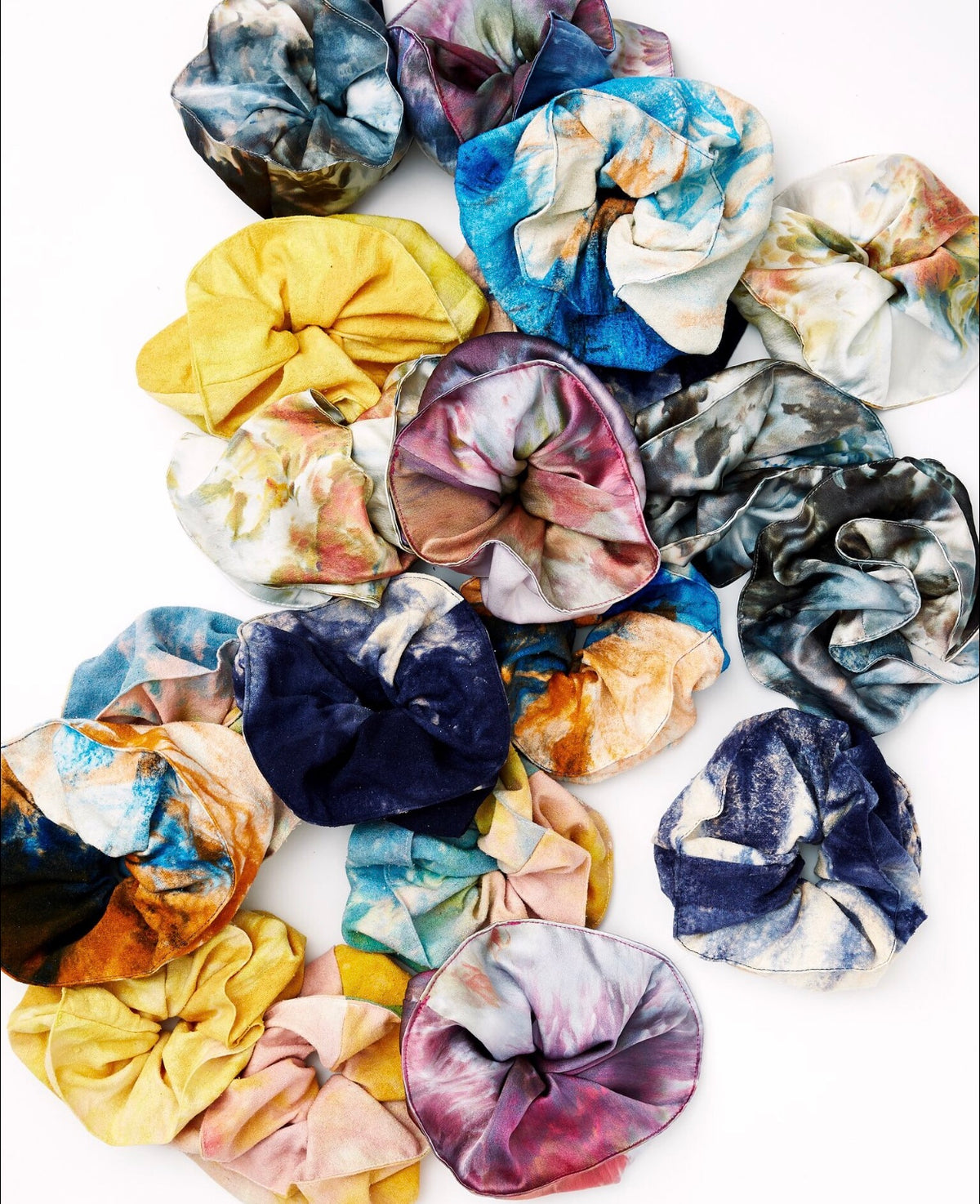 Scrunchie in Disco Silk Charmeuse - riverside tool & dye