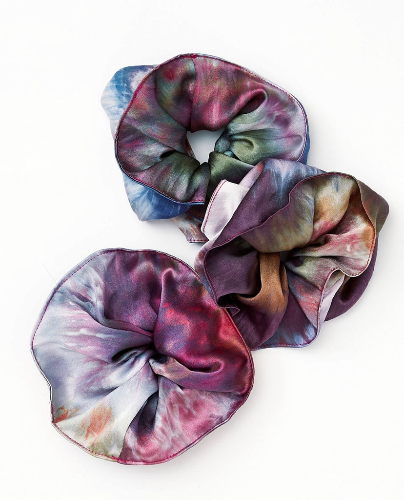 Scrunchie in Disco Silk Charmeuse