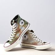 Converse Chuck Taylor 70s in Marine/Ivory