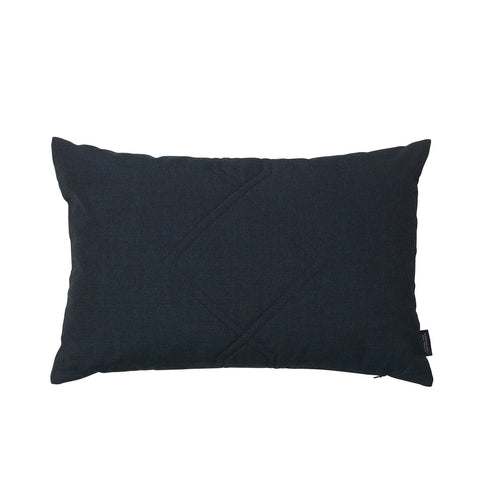 Cotton velvet cushion in the color remix dark blue.
