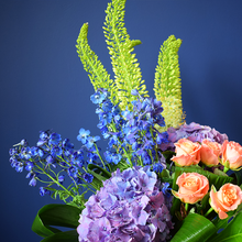 Load image into Gallery viewer, Elegant Bouquet - Classic