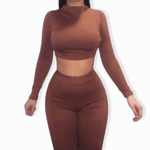 Cassie Classic Set - Long Sleeved Crop Top & Leggings