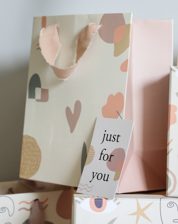 Abstract | Small Gift Bag