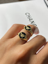 Load image into Gallery viewer, Bumble Bee Gold Ring