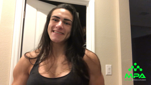 IFBB Pro Natalia Coelho: 8 Weeks Out
