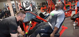 IFBB Pro Terrence Ruffin Trains legs at the MI40 Gym