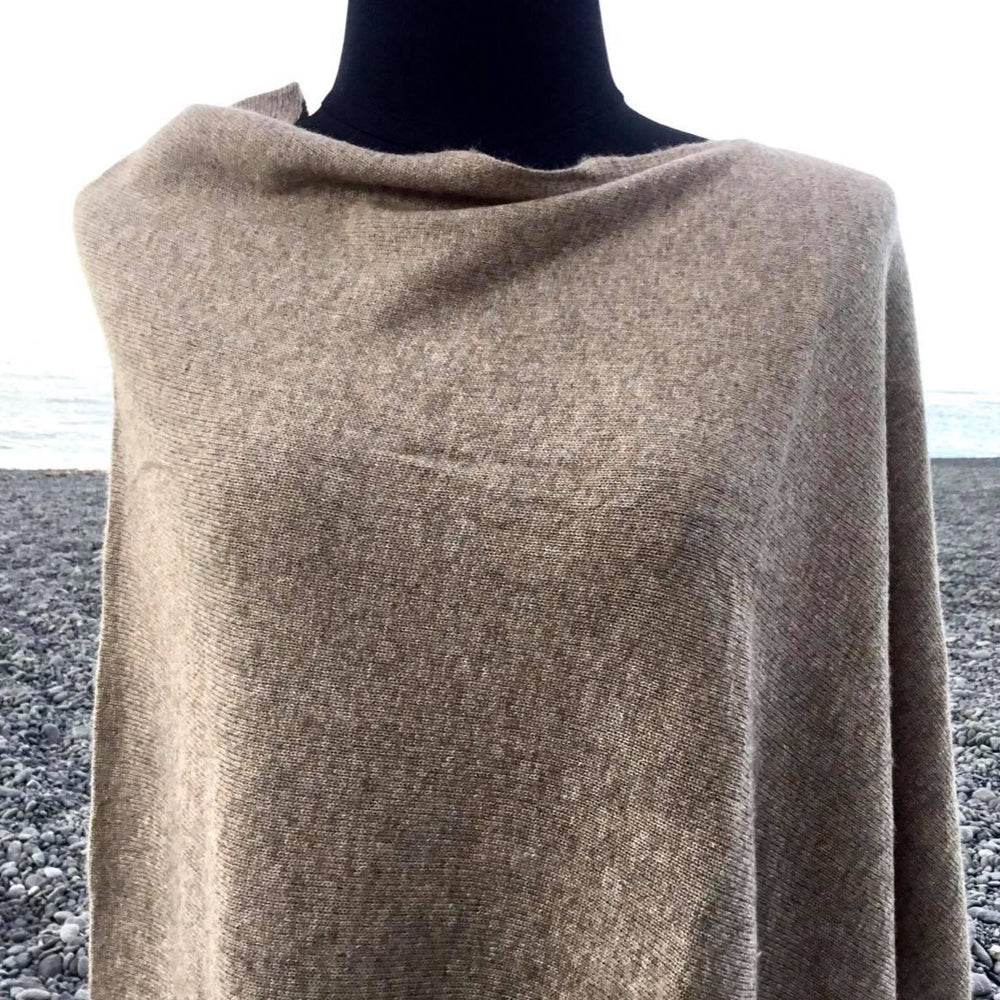 Load image into Gallery viewer, Cashmere Poncho