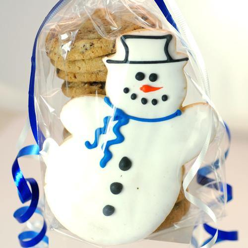 Holiday Snowman Chocolate Chip Cookie Stack (13 Pieces)