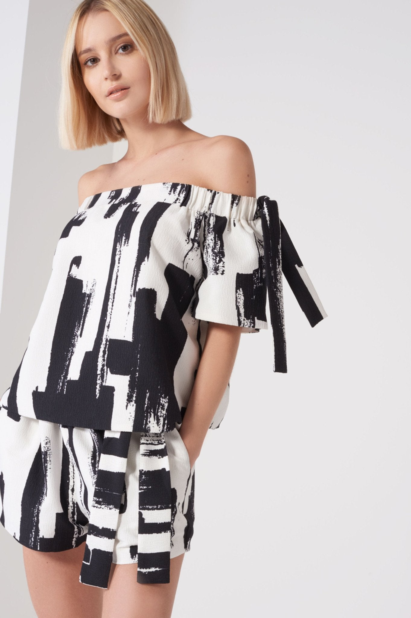 Shop Lavish Alice Top Lavish Alice Monochrome Brush Print Tie Sleeve Bardot Top Second Thread