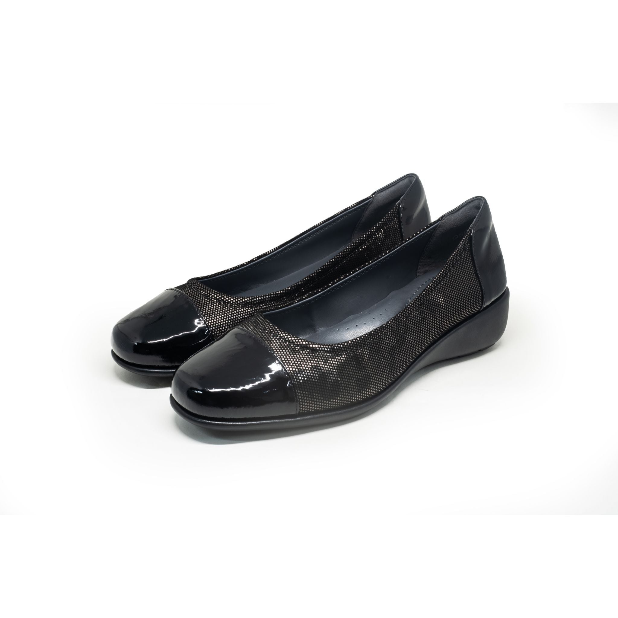 Barani Textured Leather Pumps With Micro Wedge 8948-128TX Black