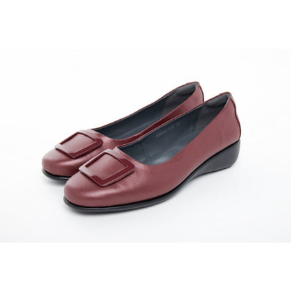 Barani Leather Pumps With Micro Wedge Fixed Buckle 8948-139 Maroon