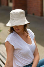 Load image into Gallery viewer, women's reversible white bucket hat