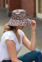Load image into Gallery viewer, women's reversible leopard bucket hat