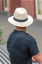 Load image into Gallery viewer, Men's Straw Hat with Black Band
