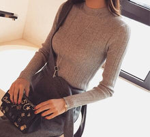 Load image into Gallery viewer, 2019 Autumn New Korean Solid Color Joker Crew Neck Slim Fit PulloverThread Knit Basic Women Sweater