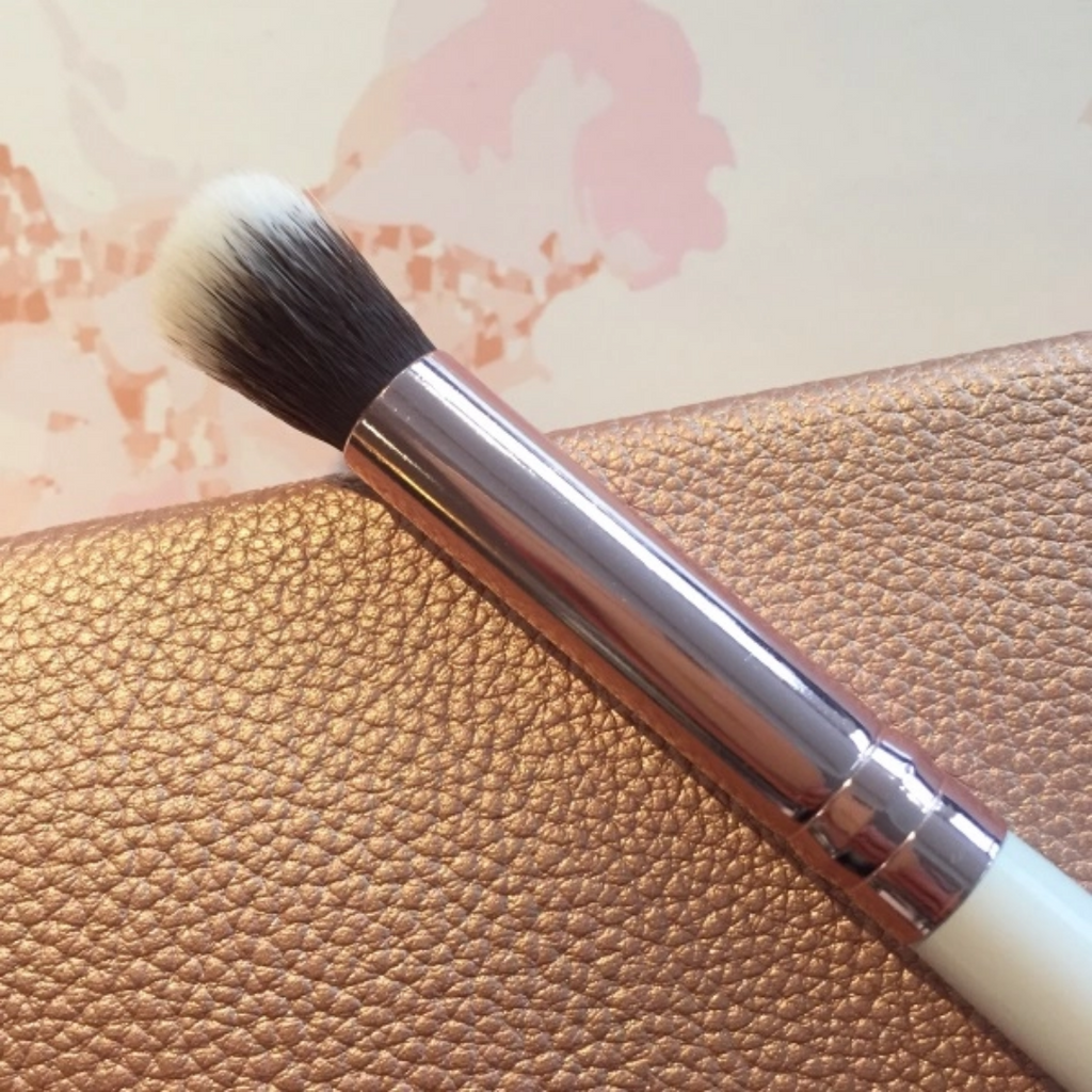 Rose Gold Eyeshadow Blender Brush