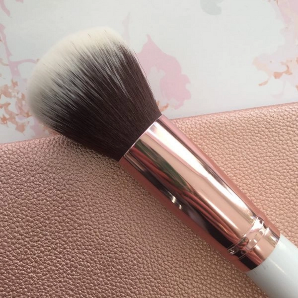 Rose Gold Powder Brush - Carousel Cosmetics