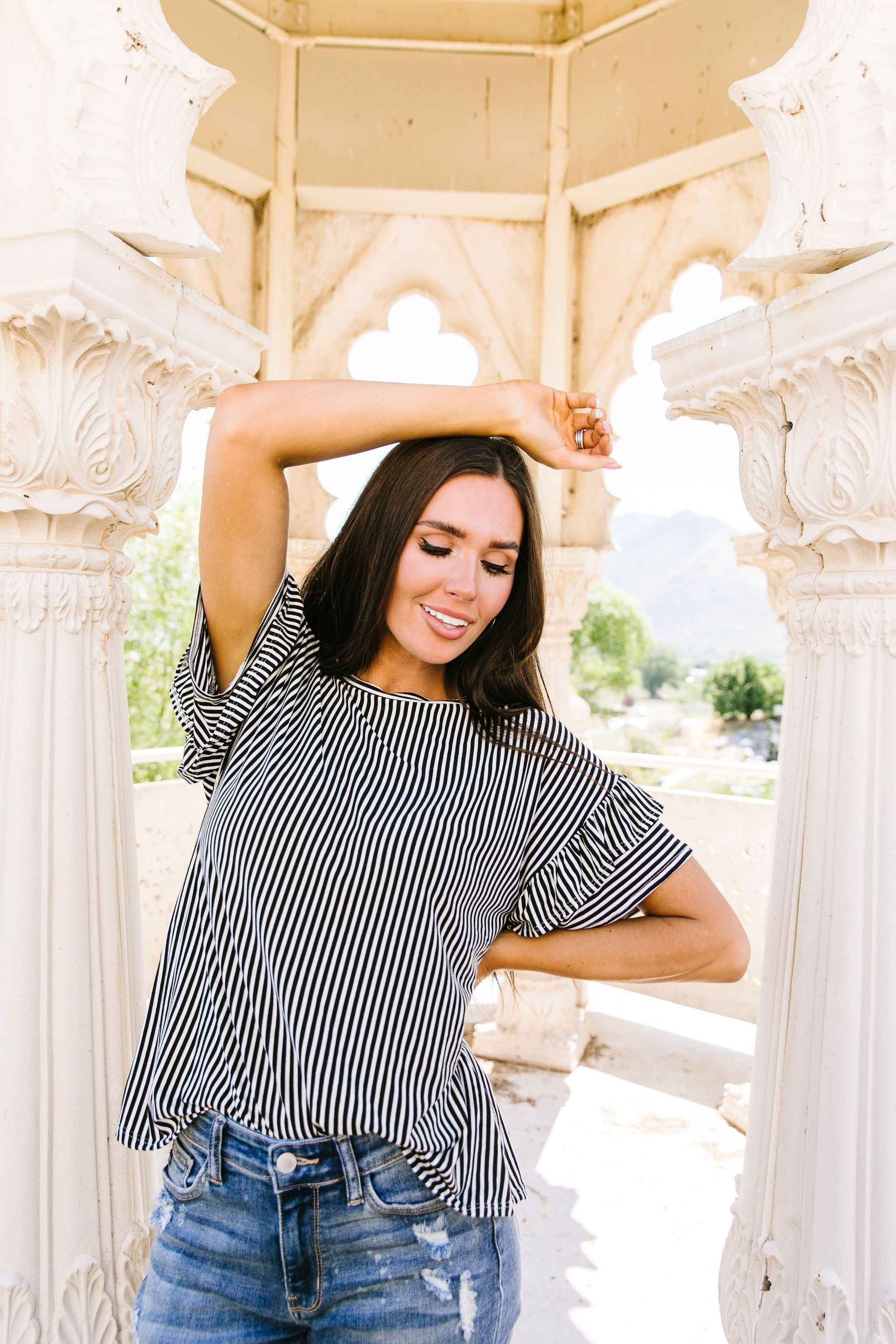 Vertical Horizon Striped Top In Black - BeeLovely Boutique