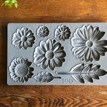 Load image into Gallery viewer, IOD - Iron Orchid Designs - Silicone Decor Mould - He Loves Me - Daisies - Sunflower - Leaves