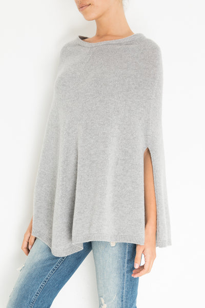THE PONCHO IN HEATHER GREY