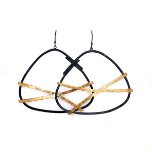 22K Bi-Metal Large Criss Cross Earring E1805