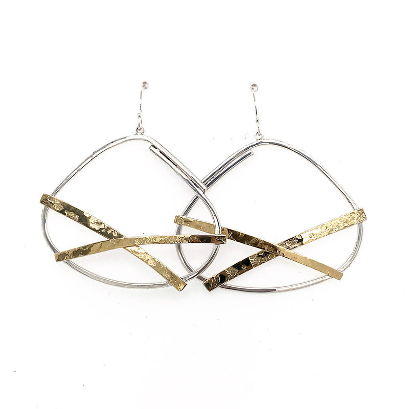 22K Bi-Metal Medium Criss Cross Earring E1804