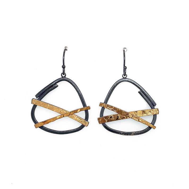 22 Bi-Metal Earings Small Criss Cross E1803
