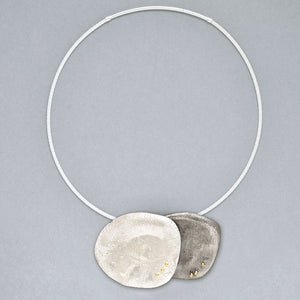 Organic Oval with 14K Pegs Necklace (N1290) - DanaReedDesigns