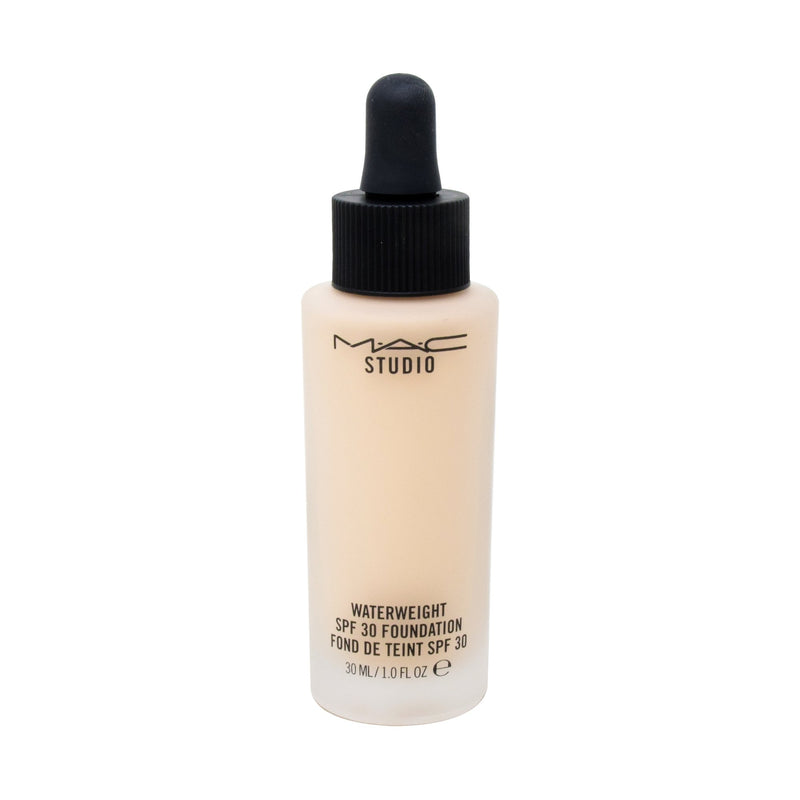 MAC  Base Liquida Studio Waterweight Spf 30 /Pa++ Foundation Nc15